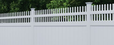 White Vinyl Privacy FenceWhite Vinyl Privacy Fence